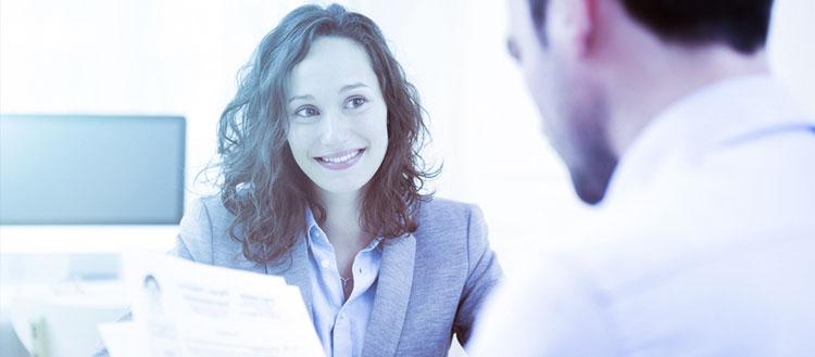 O que analisar na hora de contratar uma secretária de consultório?