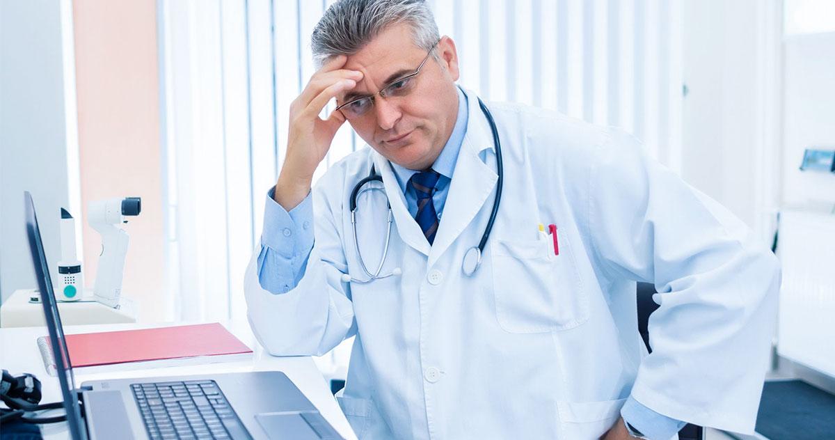 Devo utilizar um sistema médico gratuito?