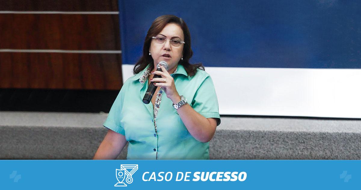 Como a Dra. Clarisse Lobo reduziu o número de faltas na clínica com o iClinic