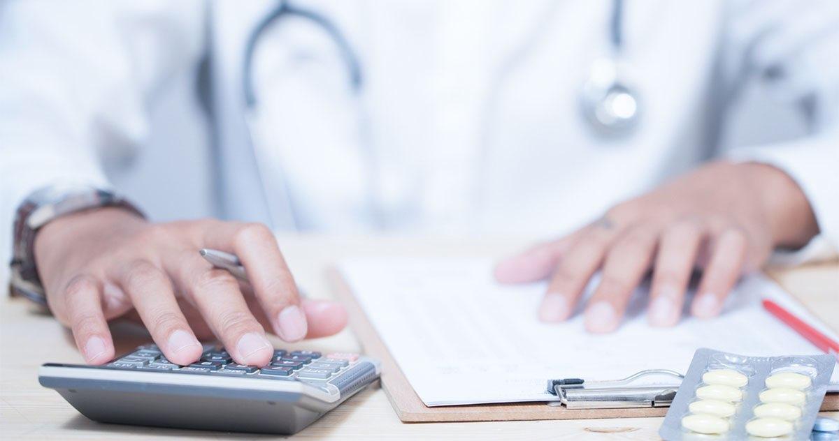 4 dicas para cortar gastos no consultório médico
