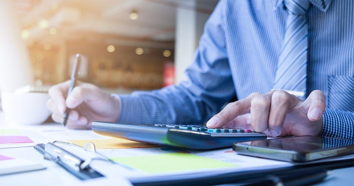 Como fazer a declaração de Imposto de renda para médicos?