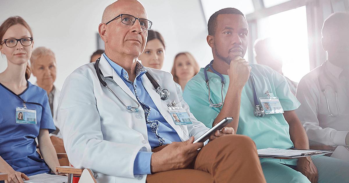 5 especializações e cursos de gestão em saúde que você precisa conhecer