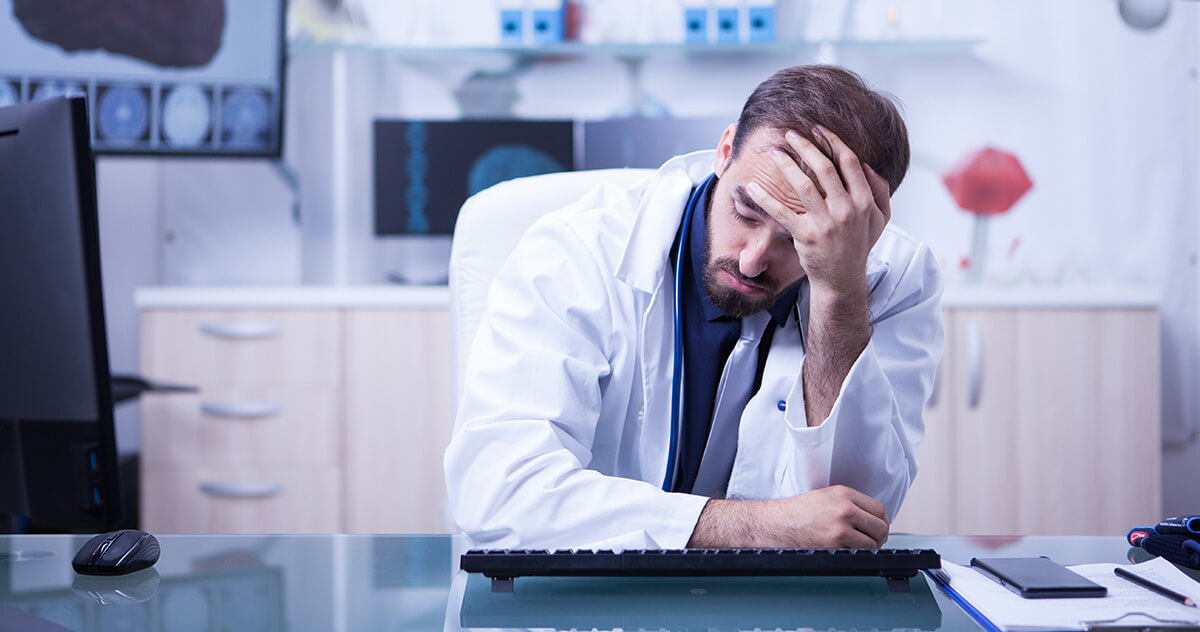 Os riscos de usar um sistema médico offline no consultório