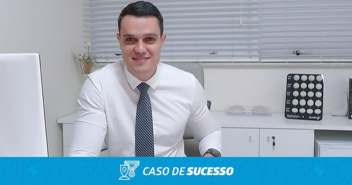 Como o Dr. Marcelo utilizou a personalização do iClinic para o seu atendimento?