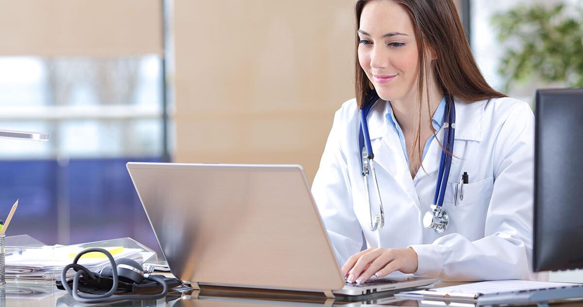 Como softwares de gestão melhoram a rotina do consultório